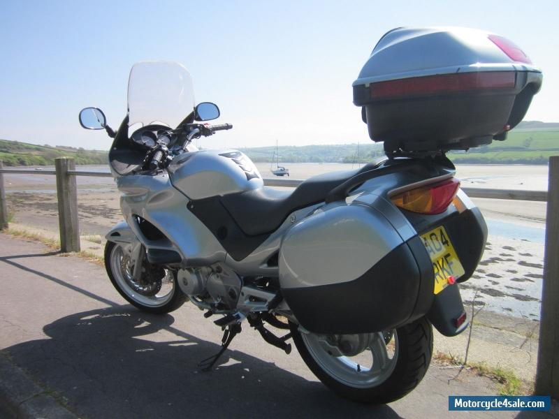2004 honda deauville nt 650 v4 for sale in united kingdom. Black Bedroom Furniture Sets. Home Design Ideas