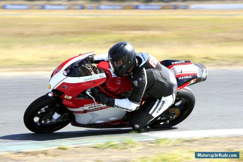 Ducati 999 Track Bike Idea Di Immagine Del Motociclo
