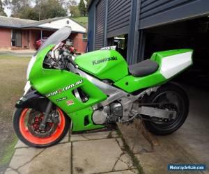 KAWASAKI ZZR600 Track or Race Bike plus spares!!! for Sale