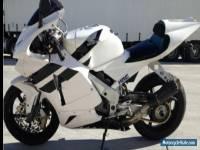 Honda RVF400-(Learner Legal)