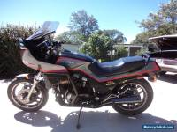 Honda 85 V4 1100cc Sabre
