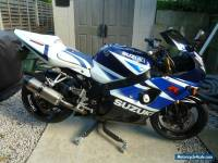 SUZUKI   GSX - R-  1000 with comefort bar conversion and centre lift stand