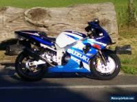Suzuki GSXR K1 1000 Super Sport Motorcycle