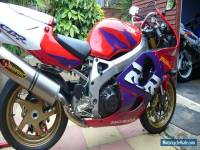 HONDA FIREBLADE CUSTOM STUNNING ONE OFF BIKE!!!!!!!!!!!