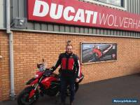 2016 RED DUCATI HYPERSTRADA 939 ABS - LOW RESERVE!