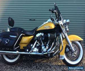 2008 Harley Davidson Road King Classic Motorcycle Gold (FLHRC) $17,500 ONO for Sale