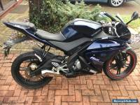 Yamaha YZF R125 Sports Bike in Blue 2010