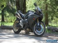 2010 Yamaha YZF-R1 1000 CC Sports Road Bike