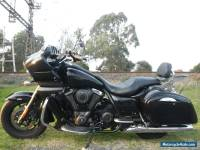Kawasaki VN 1700 R 2012 WITH ONLY 10.000ks as / new