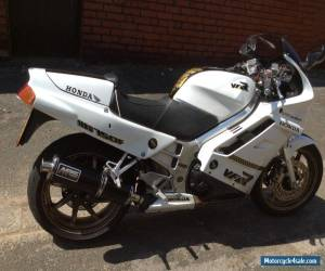HONDA VFR750F-L BLACK and WHITE.  Spares or repairs for Sale