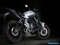 2014 YAMAHA MT-07 WHITE BLACK STREETFIGHTER RACER MOTORBIKE MOTORCYCLE 01 09 03