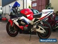 HONDA CBR 900 RRY 2001