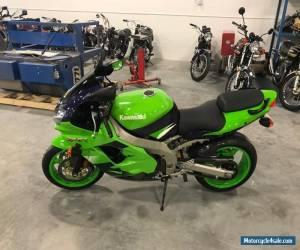 Motorcycle 2000 Kawasaki Ninja for Sale