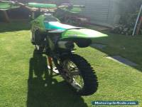 kawasaki kx100   motocross bike