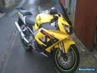 2002 HONDA CBR 900 RR YELLOW