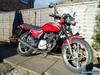1997 SUZUKI GS125  RED 12 MONTH MOT