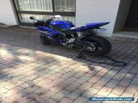 Yamaha R6 road bike